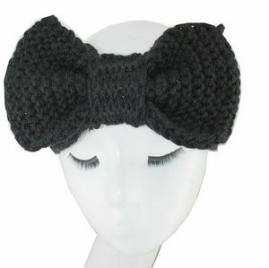 KNITTED BLACK BOW HEADBAND NWT